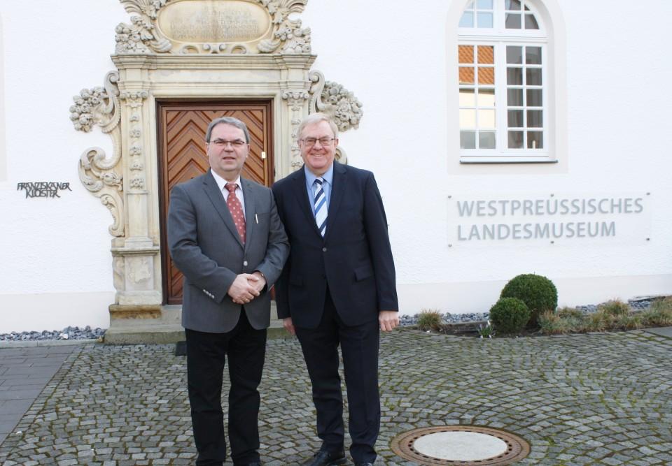 Reinhold Sendker MdB und Museumsdirektor Dr. Lothar Hyss
